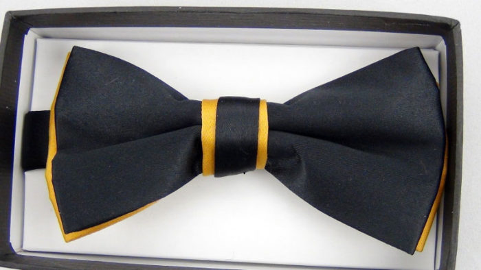 Effeti double layered black and gold bow tie top view