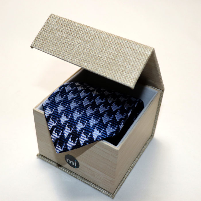 Teardrop Silk Necktie C103